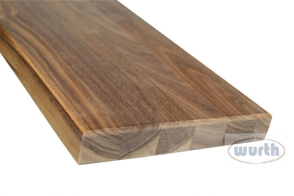 Treppenstufe Holz Nussbaum, lackiert