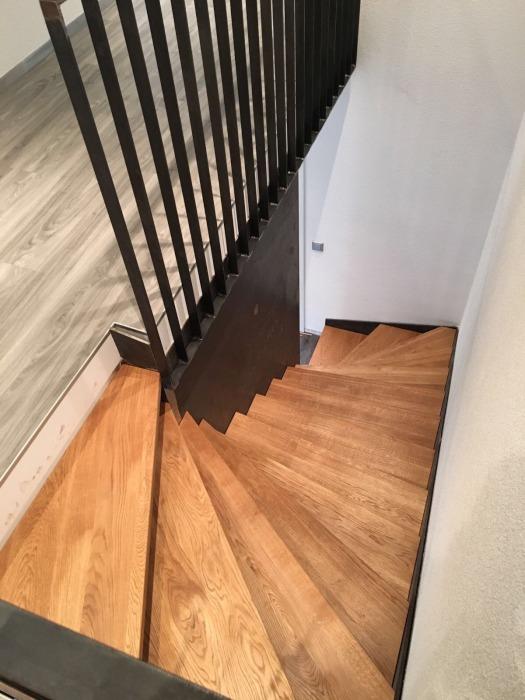 wurth holz treppenstufen. Black Bedroom Furniture Sets. Home Design Ideas